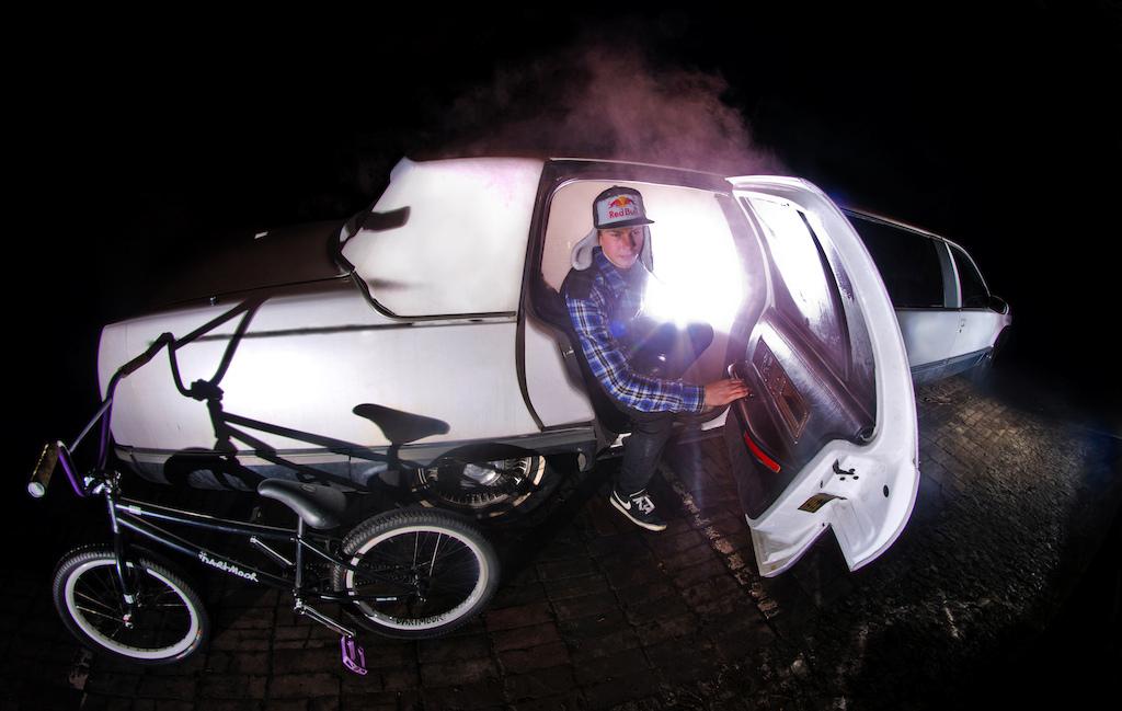 Dawid Godziek with his Nami v.2. Photo by Konrad Ruci ski. Ride Your Way 2 Bling.
