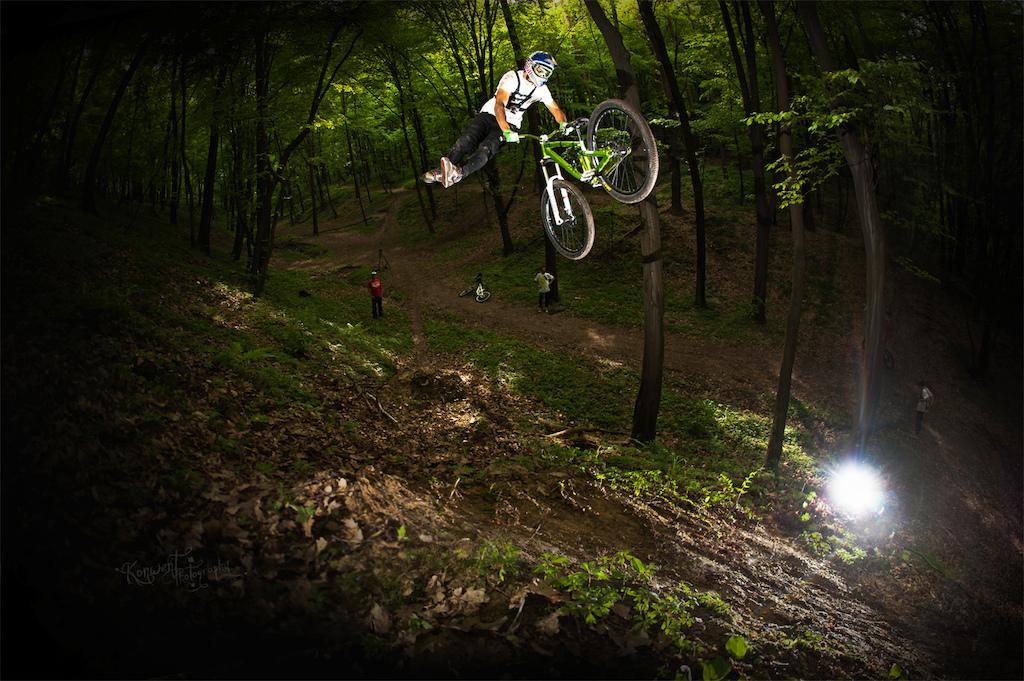 Szymon Godziek at Jaws secret spot with his Shine. Photo by Kuba Konwent. Ride Your Way 2 Bling.