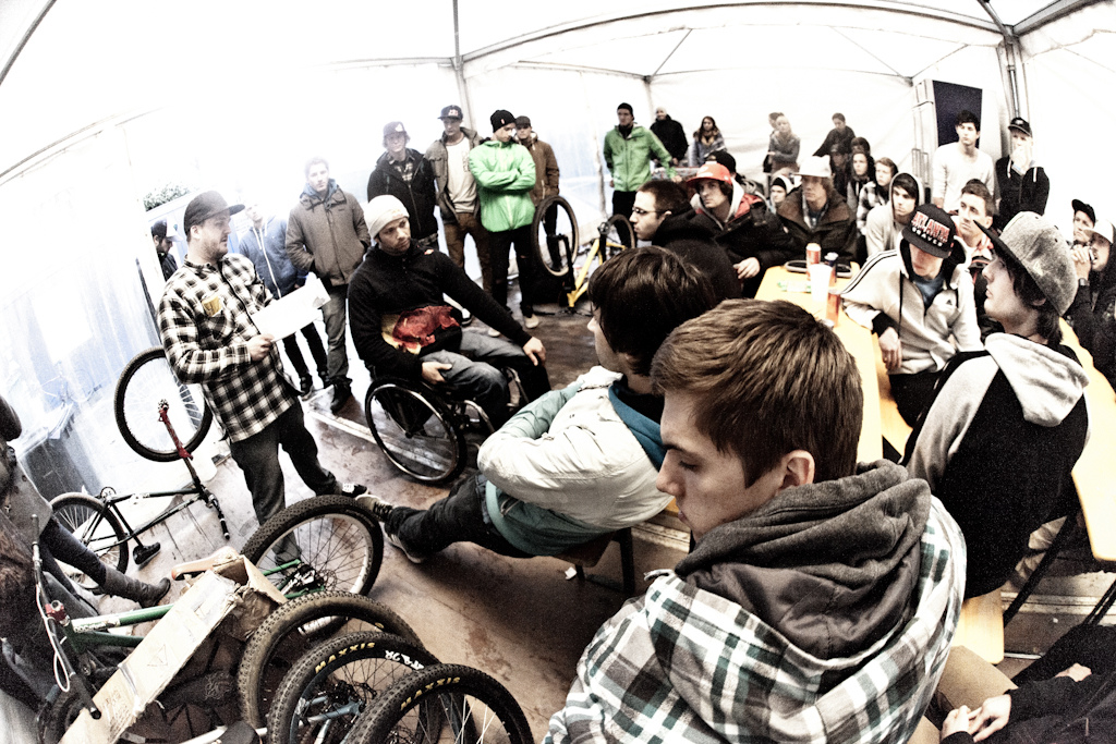 riders meeting