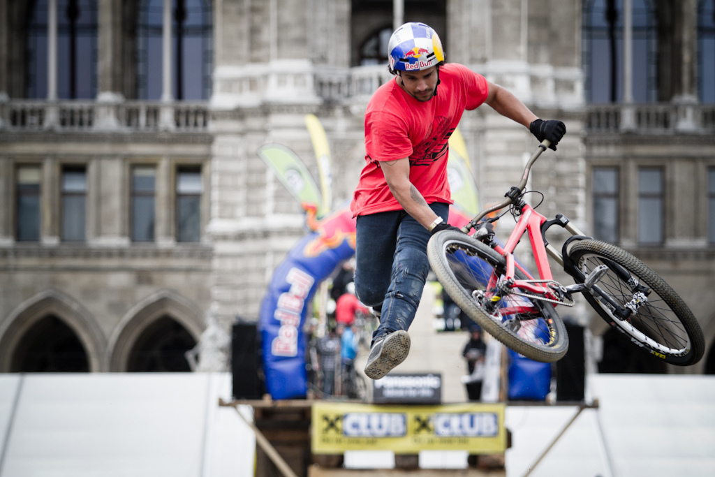 Yannick Granieri Tailwhip at the 2012 Vienna Air King FMB event.