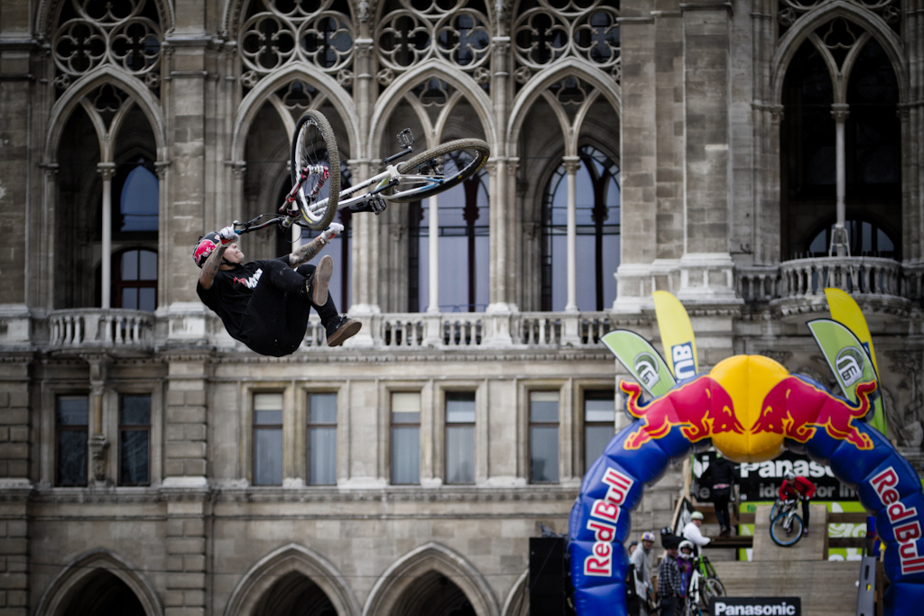 andreu Lacondeguy FlipWhip at the 2012 Vienna Air King FMB event.