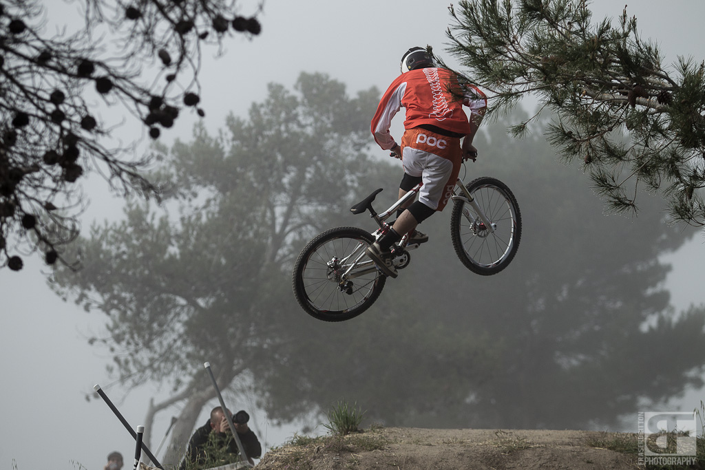 Blasting whips into the fog was the way things seemed to go on race morning. It s race day but it s still Sea Otter.