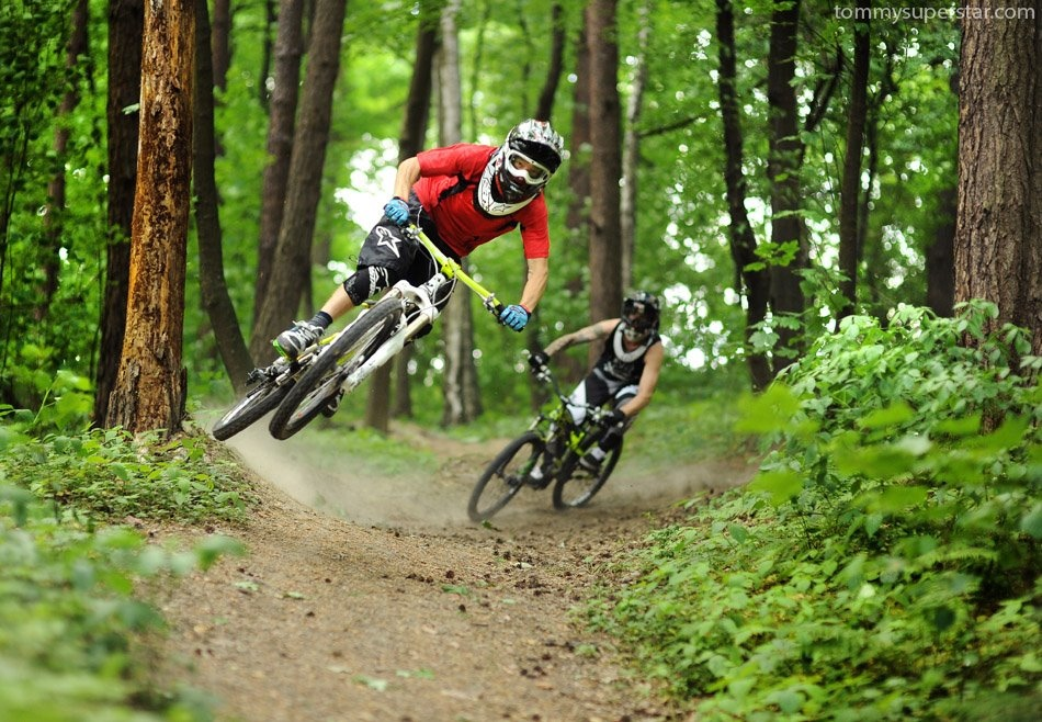 Jaws and Pope on trails. Good times photo by www.tommysuperstar.com