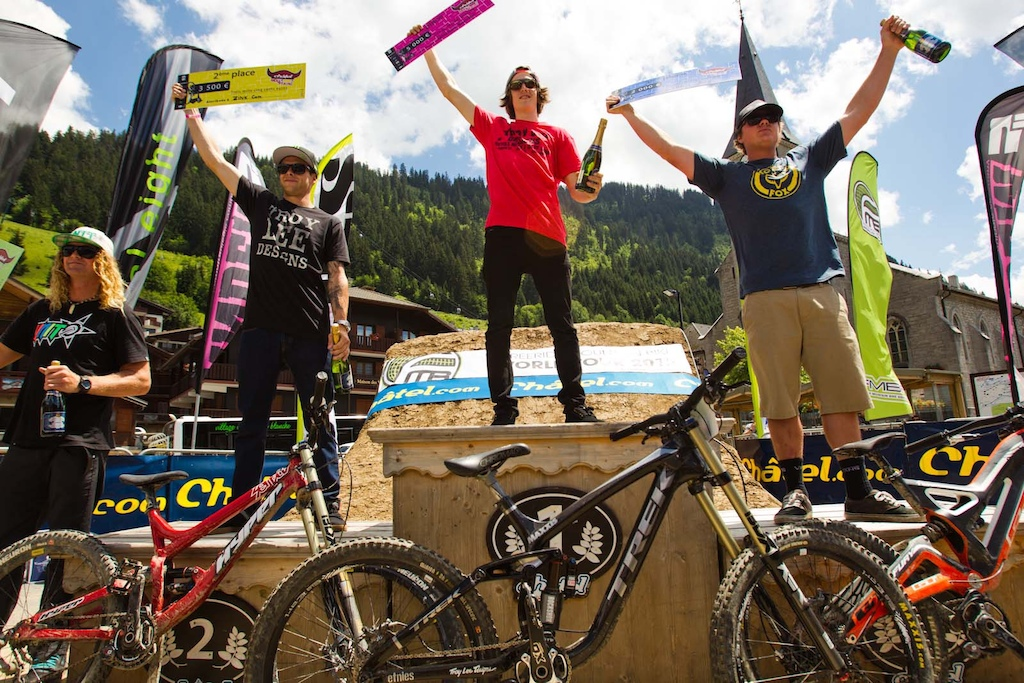 Podium Semenuk Zink Strait Mcgarry Lacondeguy not in the shot cause apparently was recovering from the night