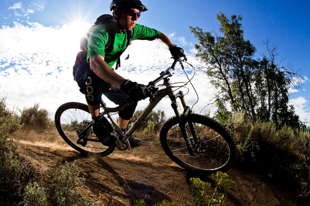 Jon rides the 2013 Diamondback Mason AM 29 hardtail