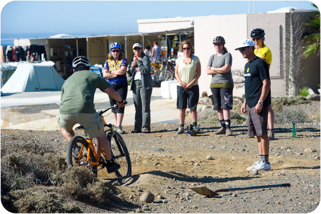 Brian Lopes teaches a pumptrack clinic at the Solosports camp at Punta San Carlos.