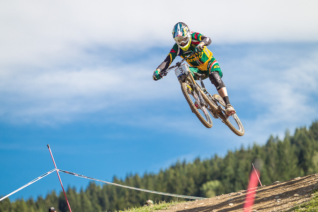 Greg Minnaar soars to victory in Leogang Austria at the 2012 World Championships. Things started to get emotional for me when I saw that Aaron wasn t going to be able to beat my time.