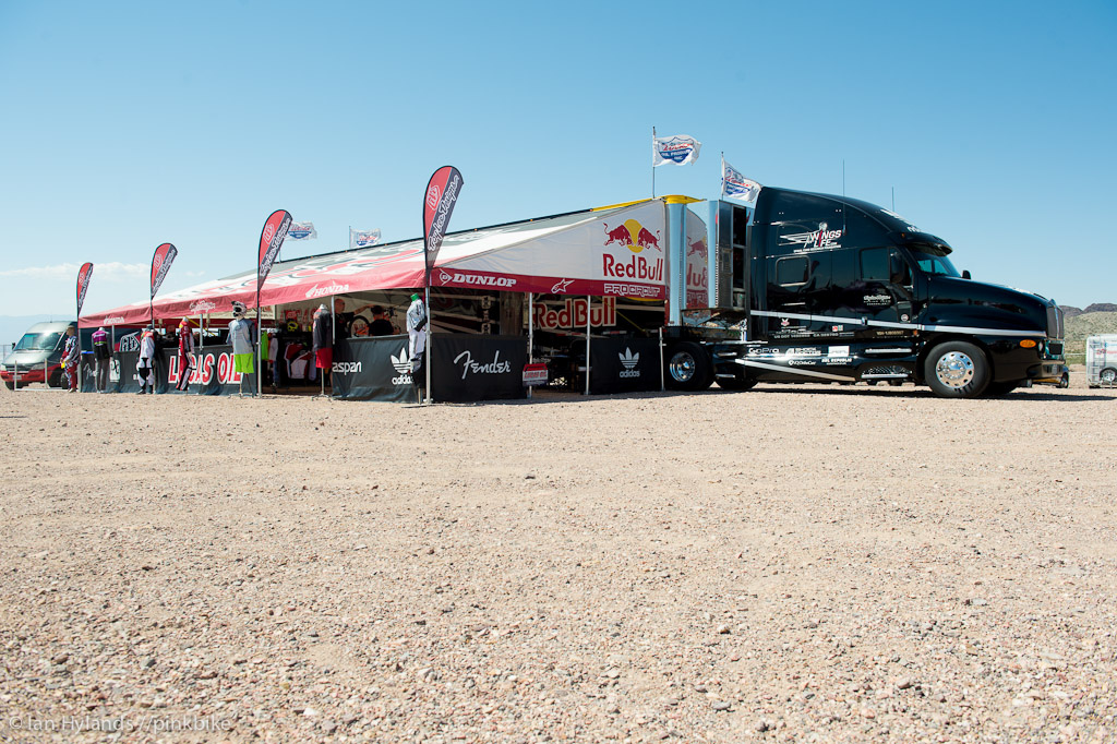 Troy Lee set up with their moto trailer for Dirt Demo that s a seriously large amount of space in that pit.
