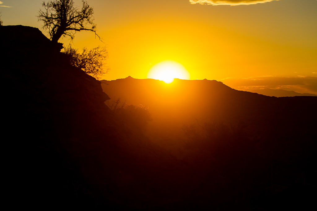 And the sun sets on another day at Rampage. It s go time tomorrow.