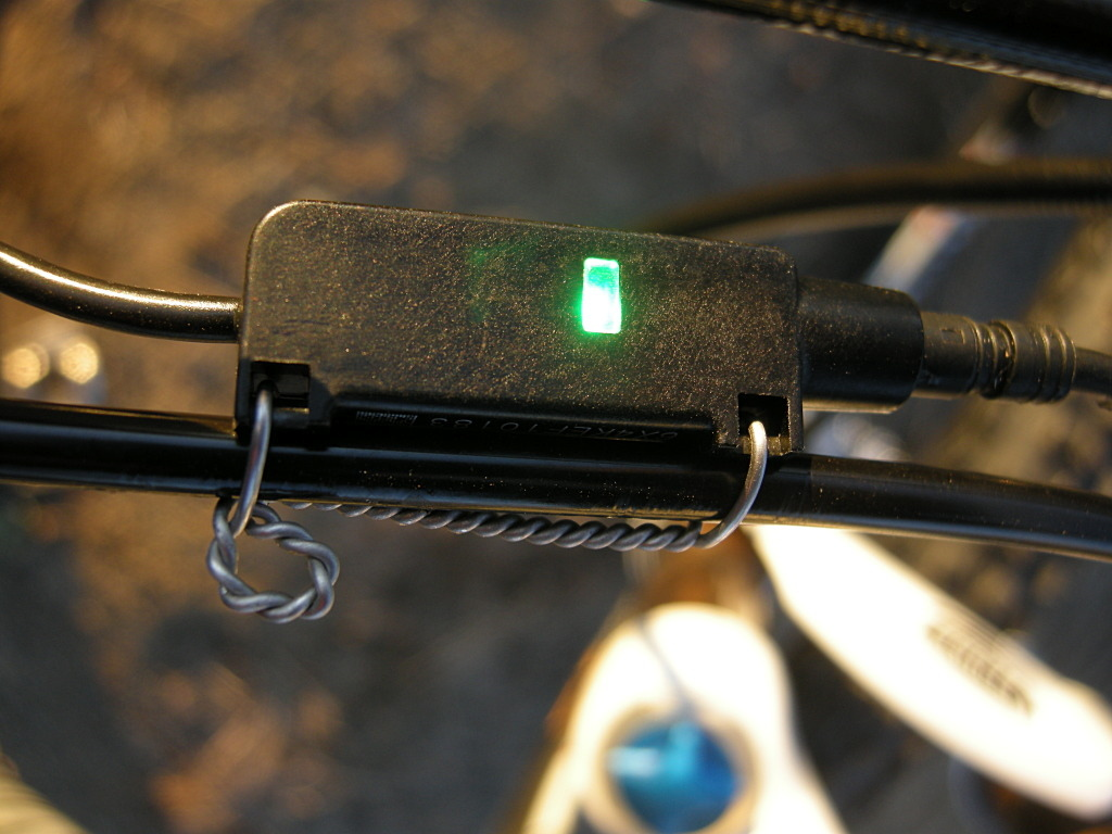 Fox Racing Shox LED indicator noted shifting activity and changes color and modes as battery is depleted.
