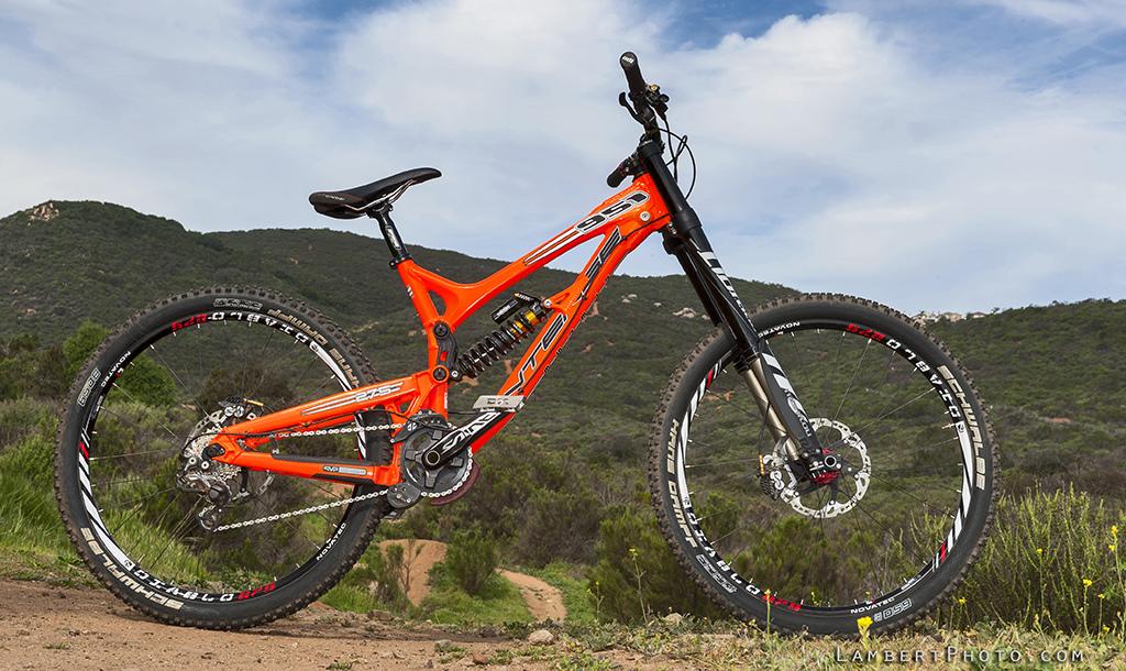 Downhill Mountain Bikes er downhill prototypes
