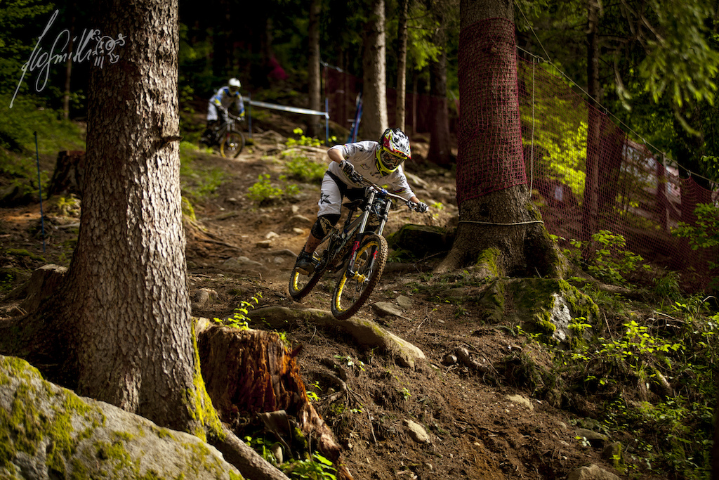 Marzocchi test sessions with Mondraker team