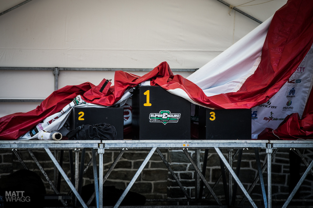 This is what will be on the mind of all the Italians tonight... The podium. Sottocornola the defending champion has had a mixed season so far Alex Lupato can t seem to find any luck in his race runs Manuel Ducci is riding high off a win at the last round in Gemona Andrea Bruno is still suffering from his shoulder injury and Vittorio Gambirasio is hunting for his first ever PRO win... Or will an outsider shock everyone