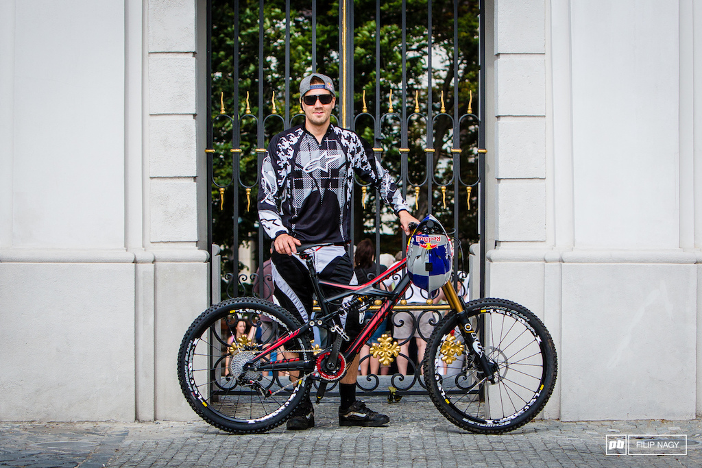 Matti Lehikoinen and his Specialized Enduro EVO