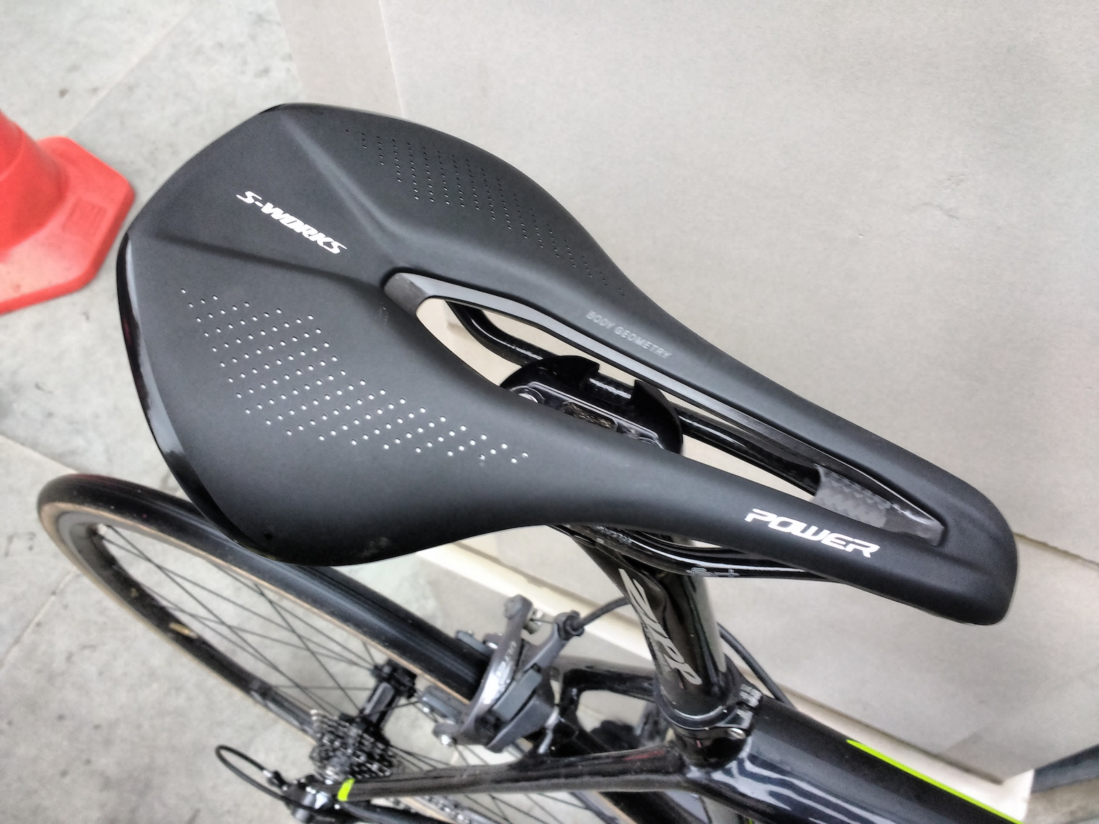 comfortable saddles components c bike saddle en and products comforter cycling seats