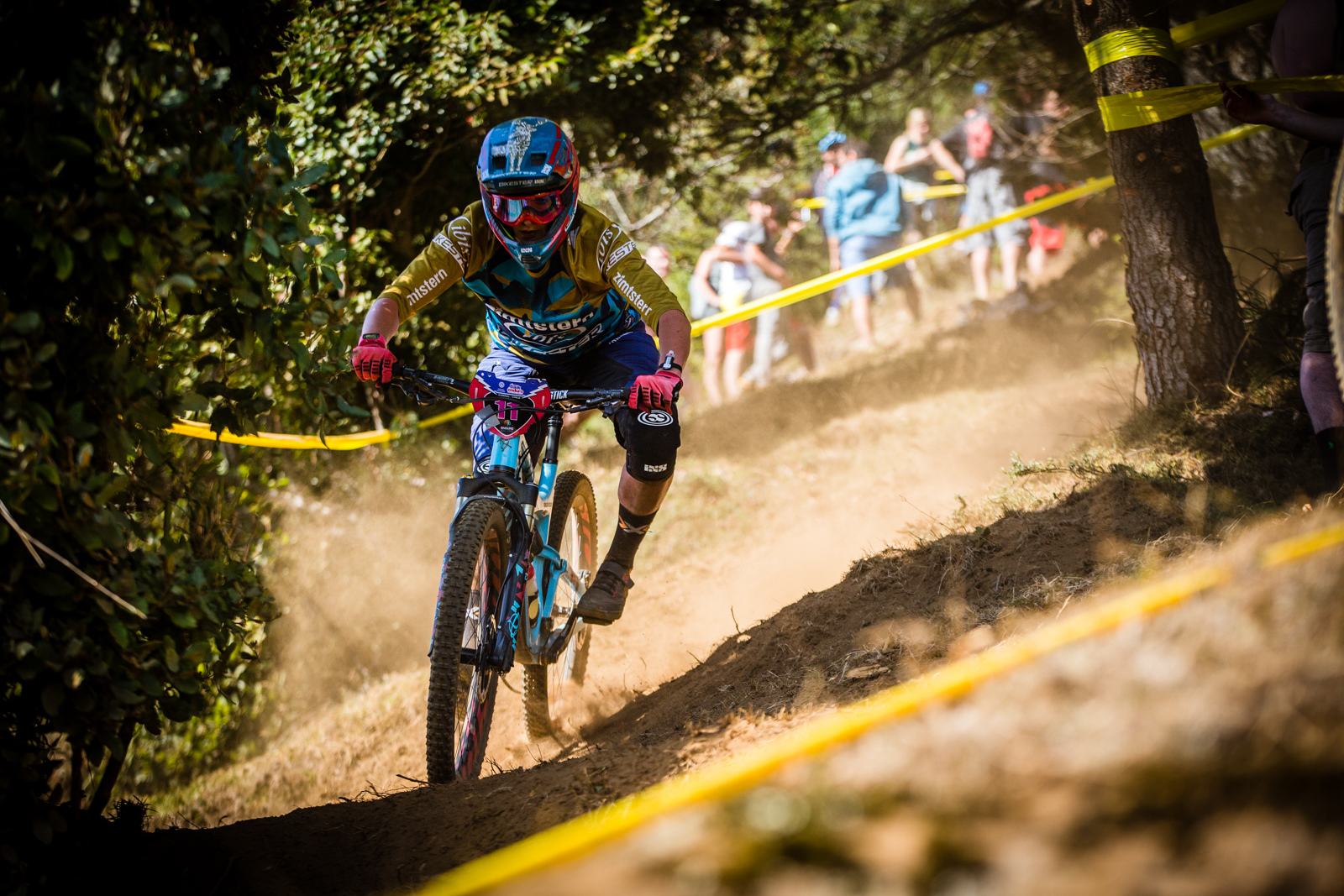 Caro Gehrig also got her best EWS result this past weekend she rode consistently all weekend to secure the 8th spot in GC.