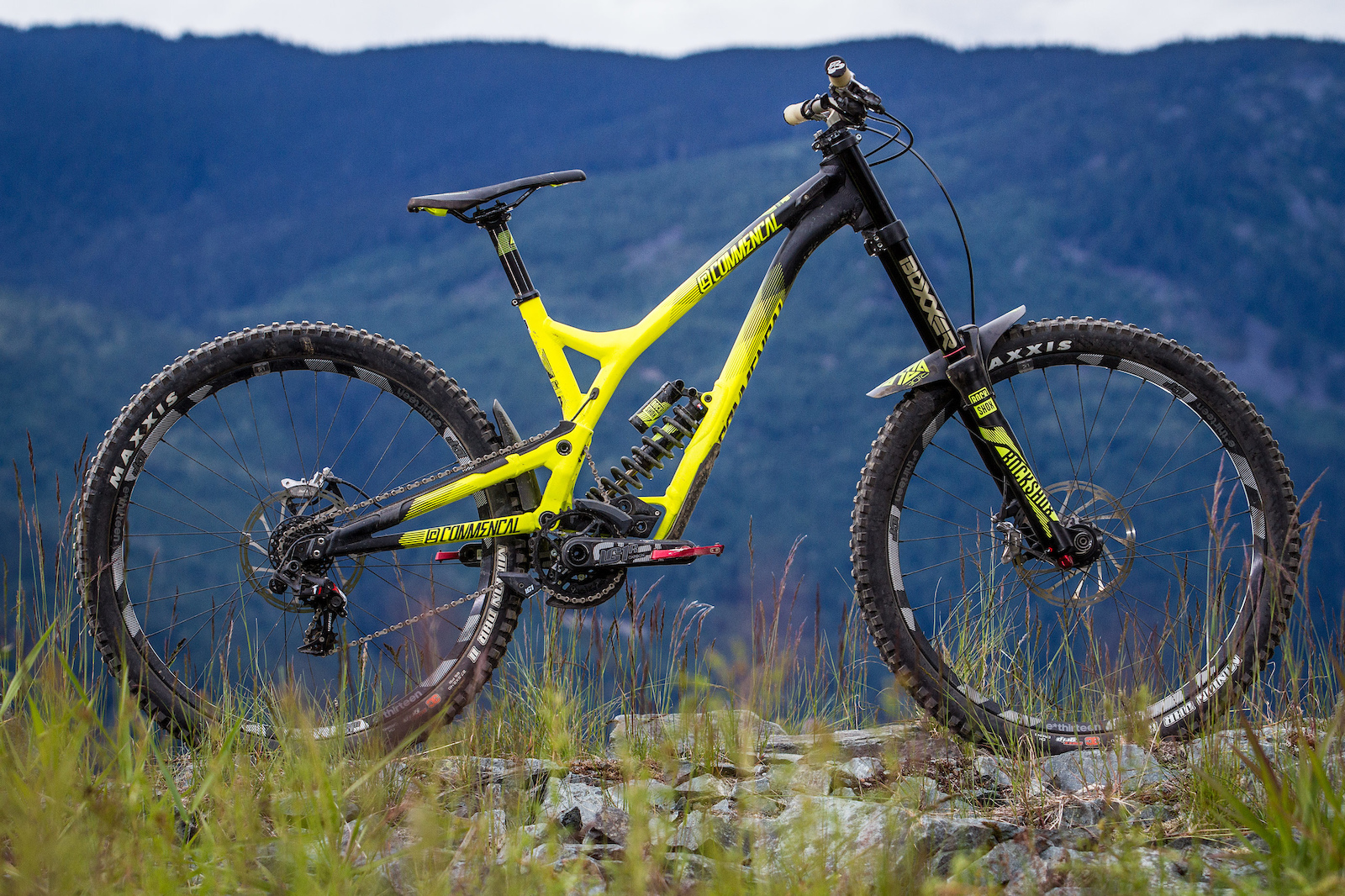 Commencal Supreme Dh V4 World Cup Review Pinkbike