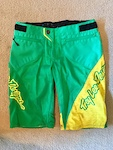 Sprint shorts size 30