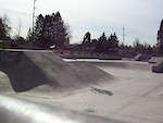 CLUB26 rider GOOSE trying to ride a skatepark