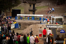Video: Kamikaze Games - Dual Slalom and Best Trick