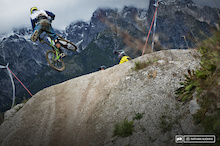 Video: Leogang World Cup DH Practice