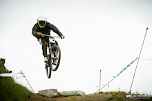 Video: Leogang World Cup DH Qualifiers