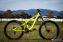 Commencal Supreme DH 650B