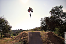 Video: Dirt Jumps With Andres Biersteker