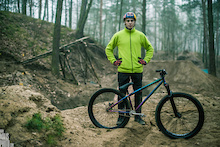 Szymon Godziek Keeps Riding With Dartmoor