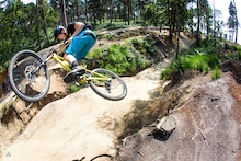 Video: United Kingdom Of Dirt - Swinley Forest with Brendog and Olly Wilkins