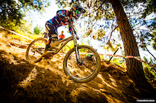 Photo Epic: Troy Brosnan and Tracey Hannah Win! Australian DH National Champs 2014