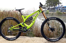 Pivot Carbon Phoenix - 33.8 Pound DH Race Bike - Sea Otter 2014
