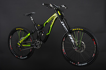 LamaCycles/NS Bikes Announces 2014 DH Team