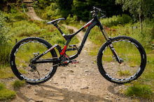 Lapierre's New DH Bike - First Look