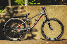 Up Close: Brandon Semenuk's 2014 Trek Ticket S