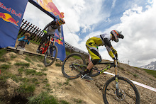 Video: Course Check iXS European Downhill Cup, Les 2 Alpes