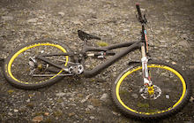 SPY SHOTS: New Ibis Enduro Racer Debuts at La Thuile EWS
