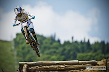 Video Round Up: Looking Back On Three Decades of Racing from DH World Cups at Mont-Sainte-Anne