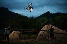 Sam Pilgrim Returns Dirt Jumping to the Cycle Show