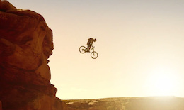 Video: Mountain Bike BASE Jump