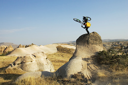 Aaron Chase performs in Cappadocia, Turkey on August 8th 2006.    Aaron Chase is one of the character in the Ultimate Rush episodes.  // Lucas Kane / Red Bull Content Pool // P-20120217-57661 // Usage for editorial use only // Please go to www.redbullcontentpool.com for further information. //