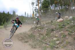 Vida MTB Series Introduces Clinics and Community to Women's MTB