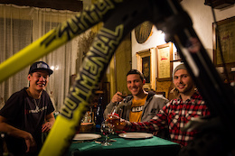HS Racing Team Together with COMMENCAL