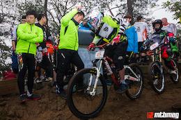 2015 嗨单车 杭州头龙头速降赛