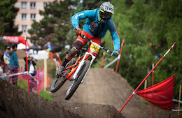 Video: French Cup DH Sprint Round 1 Lyon