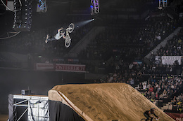 Video: Sam Reynolds - Behind the Chaos of Masters of Dirt