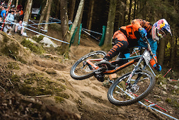 Video: Grip it and Rip it With Lapierre Gravity Republic