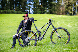 EWS Bike Check: Joe Barnes' Canyon Spectral