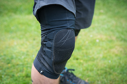 Specialized Atlas Knee Pad - Review