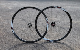 Superstar Components AM Carbon Wheelset - Review